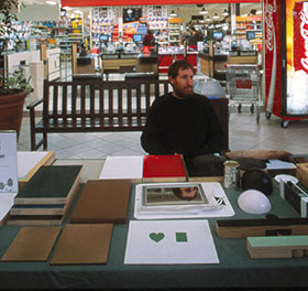 Stuart Ringholt, Love, 2001. Woolstores Shopping Centre, Fremantle. Image courtesy of the artist and Milani Gallery.