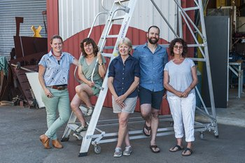 Sarah Wilkinson, Lisa Dymond, Angela McHarrie, Karen Millar and Pascal Proteau at Artsource O'Connor Studios, 2017. Photographer: Christophe Canato