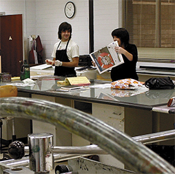 Students working in ECU print room. Image: Mahmudul Raz Islam